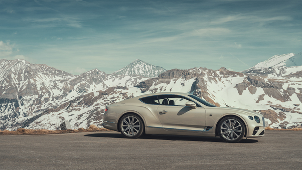Full HD Bentley Continental Gt White Sand 2018 Wallpaper