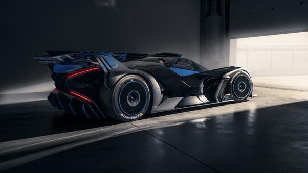 bugatti-bolide-2021-rear-7e.jpg