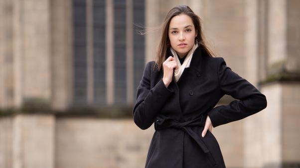 girl-black-long-coat-5k-6m.jpg