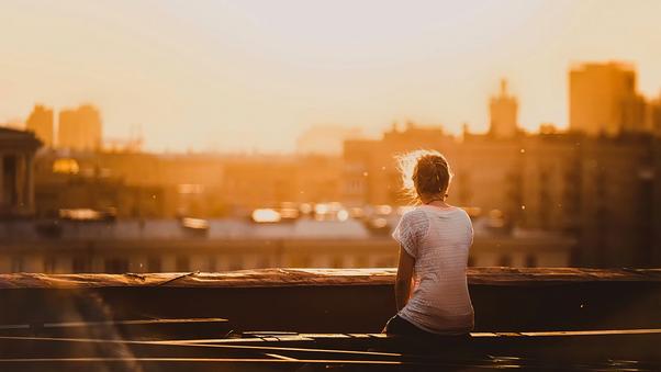 girl-sitting-on-rooftop-alone-o9.jpg