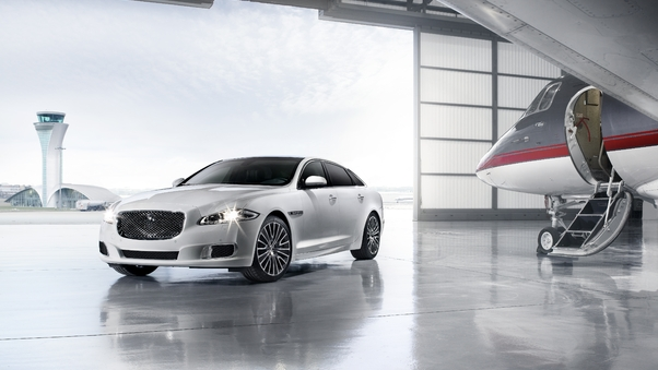 Full HD Jaguar Xj Ultimate 4k Wallpaper