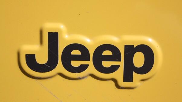 Full HD Jeep Renegade Trailhawk 2018 Wallpaper