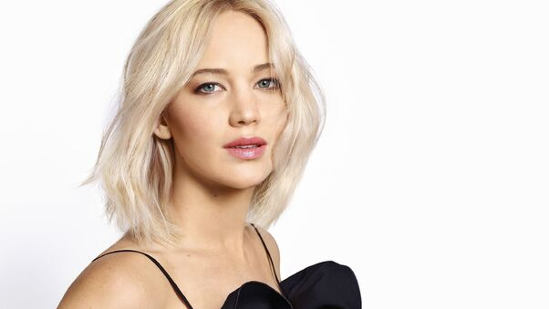 jennifer-lawrence-gorgeous-si.jpg