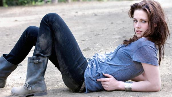 kristen-stewart-jeans-image.jpg