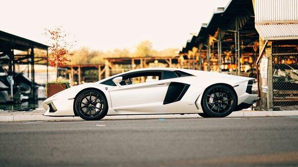 Full HD Lamborghini Aventador And Huracan 5k Wallpaper