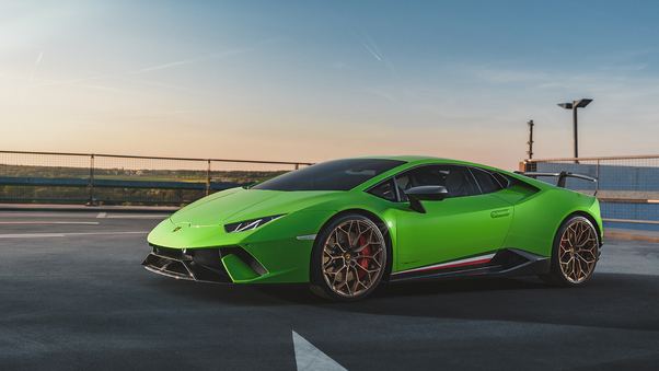 Full HD Lamborghini Huracan Performante 2019 Rear View Wallpaper