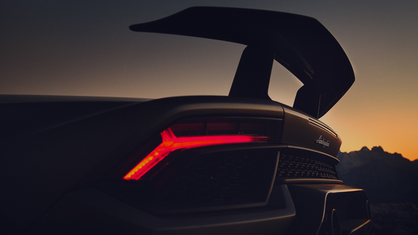 Full HD Lamborghini Huracan Performante Rear 5k 2018 Wallpaper