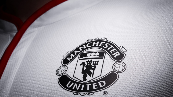manchester united logo hd hd sports 4k wallpapers images backgrounds photos and pictures manchester united logo hd hd sports