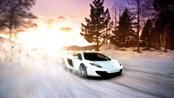 Full HD Mclaren In Snow Wallpaper