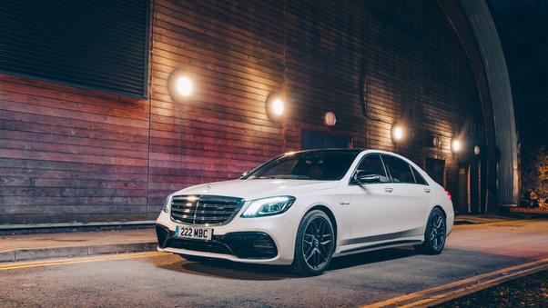 Full HD White Mercedes Benz G 63 Rear Wallpaper