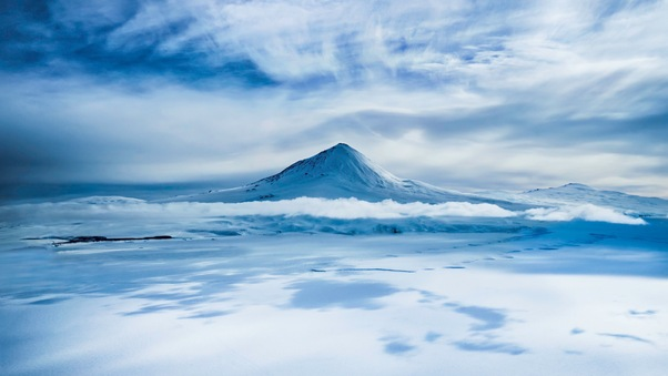 mount-erebus-on-antarctica-sd.jpg
