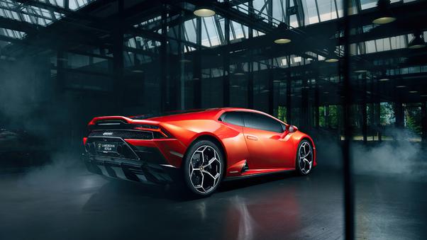 Full HD Black Lamborghini Huracan And Red Ferrari 458 Wallpaper