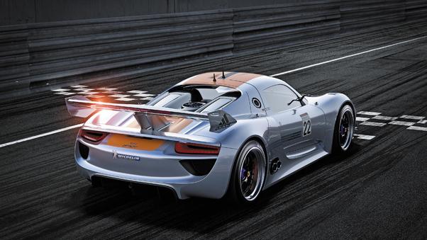 Full HD Porsche 918 Spyder 2018 Dubai Wallpaper