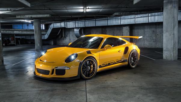 Full HD Porsche 918 Yellow Wallpaper
