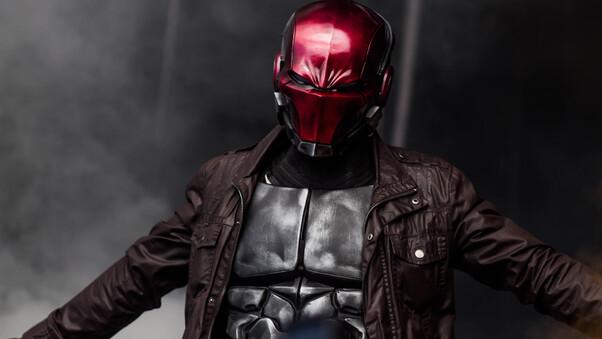 red-hood-cosplay-4k-y5.jpg