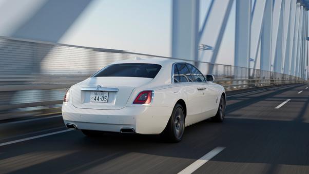 Full HD Rolls Royce Ghost 10k Wallpaper