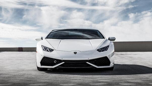 Full HD White Lamborghini Huracan 5k Front Wallpaper