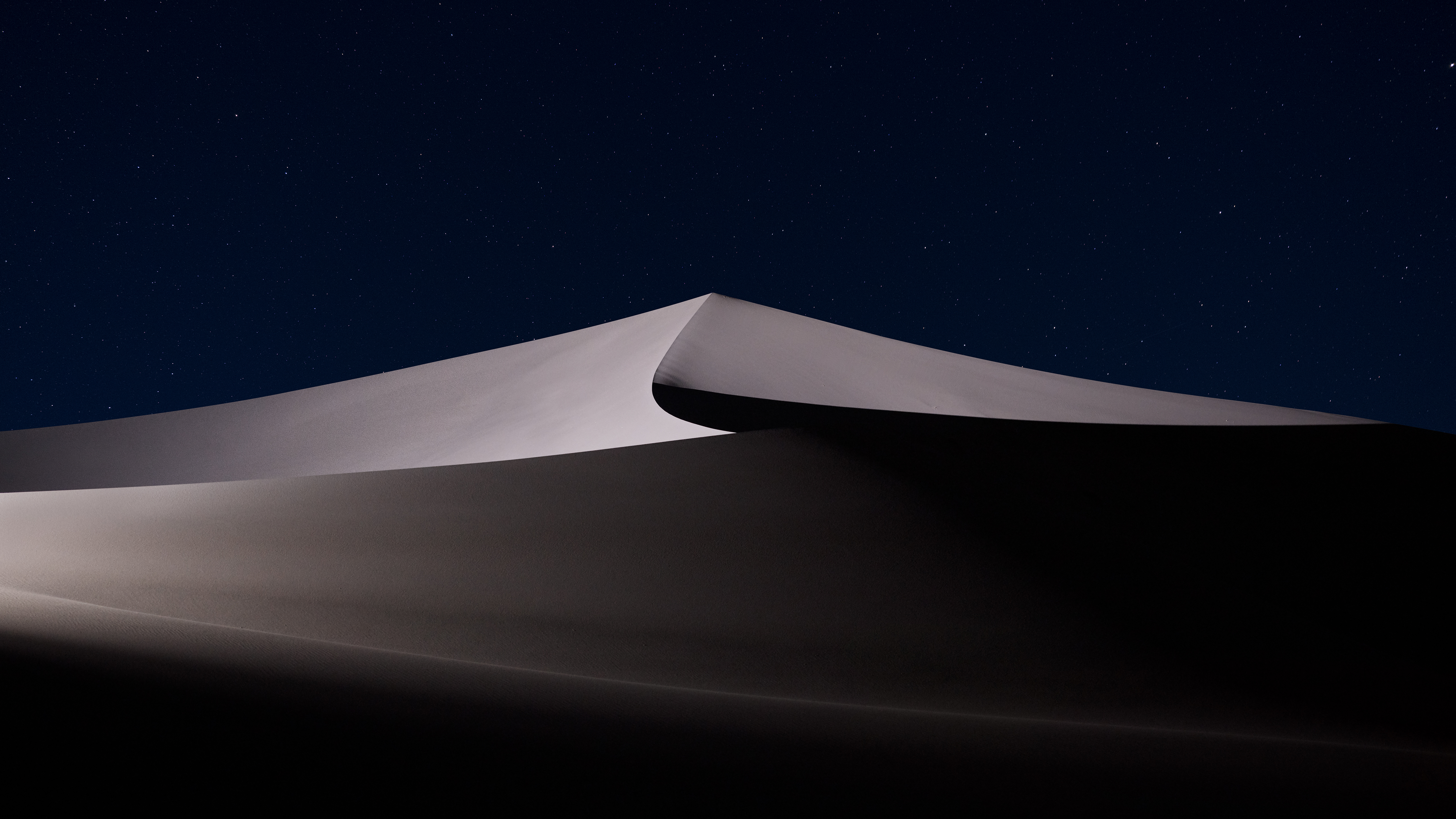 2560x1700 Desert Night Macos Mojave 5k Chromebook Pixel Hd