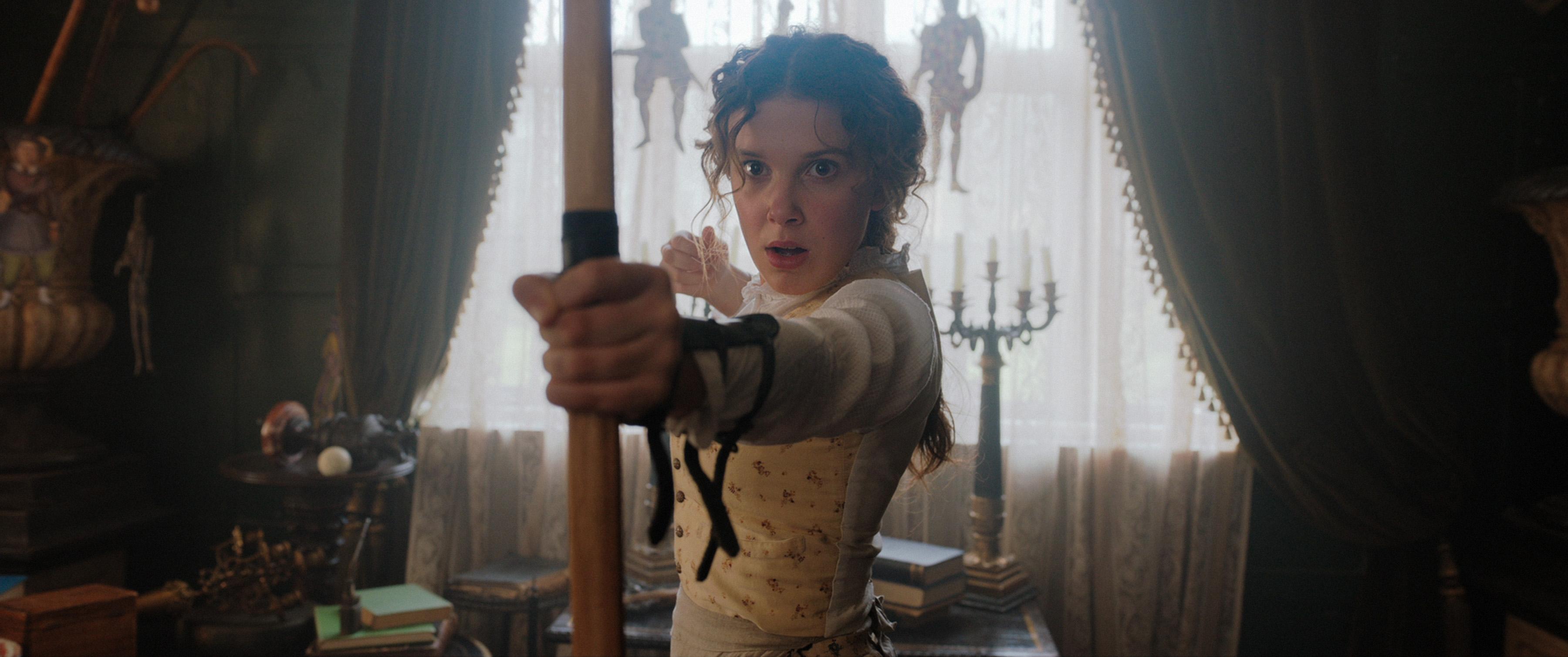 2020 Netflix filmlerinin arasında çok konuşulanlardan biri Enola Holmes Bilgiliyorum.com