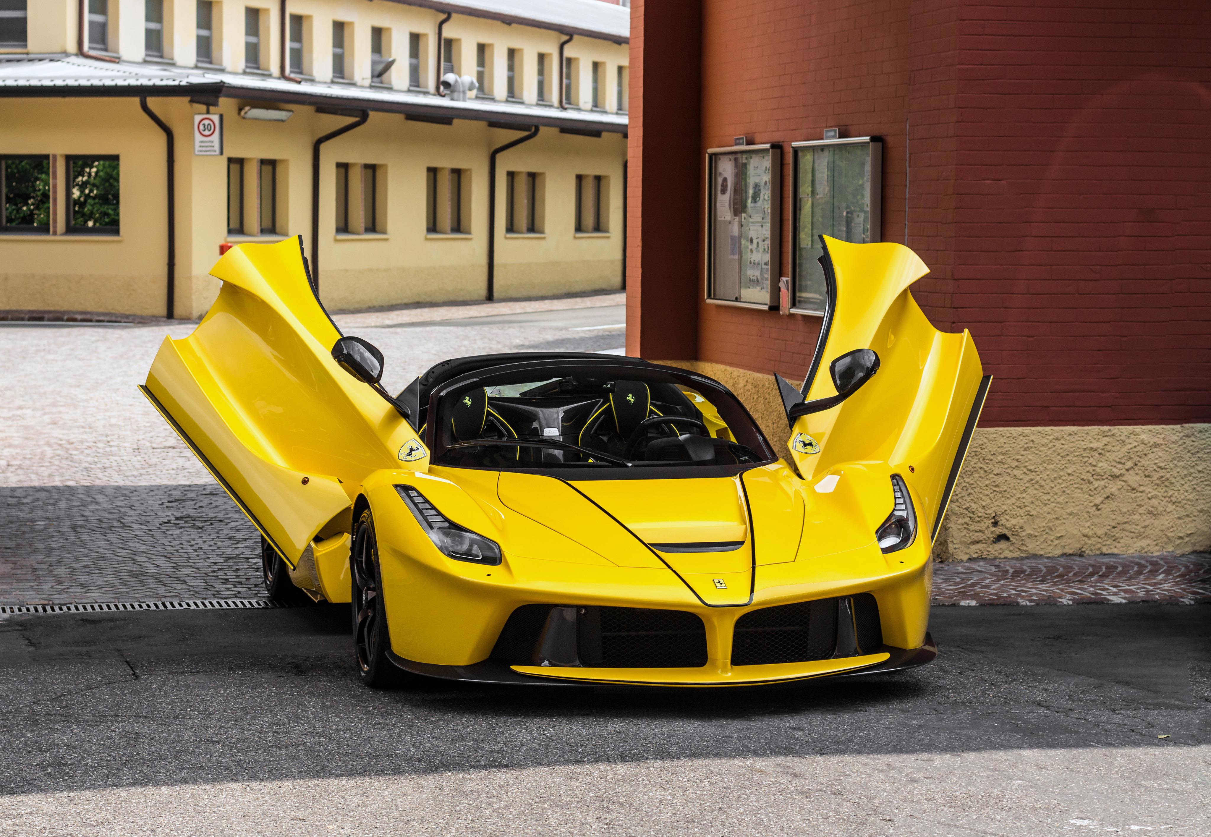 17+ Ferrari Wallpaper Hd Download  Images