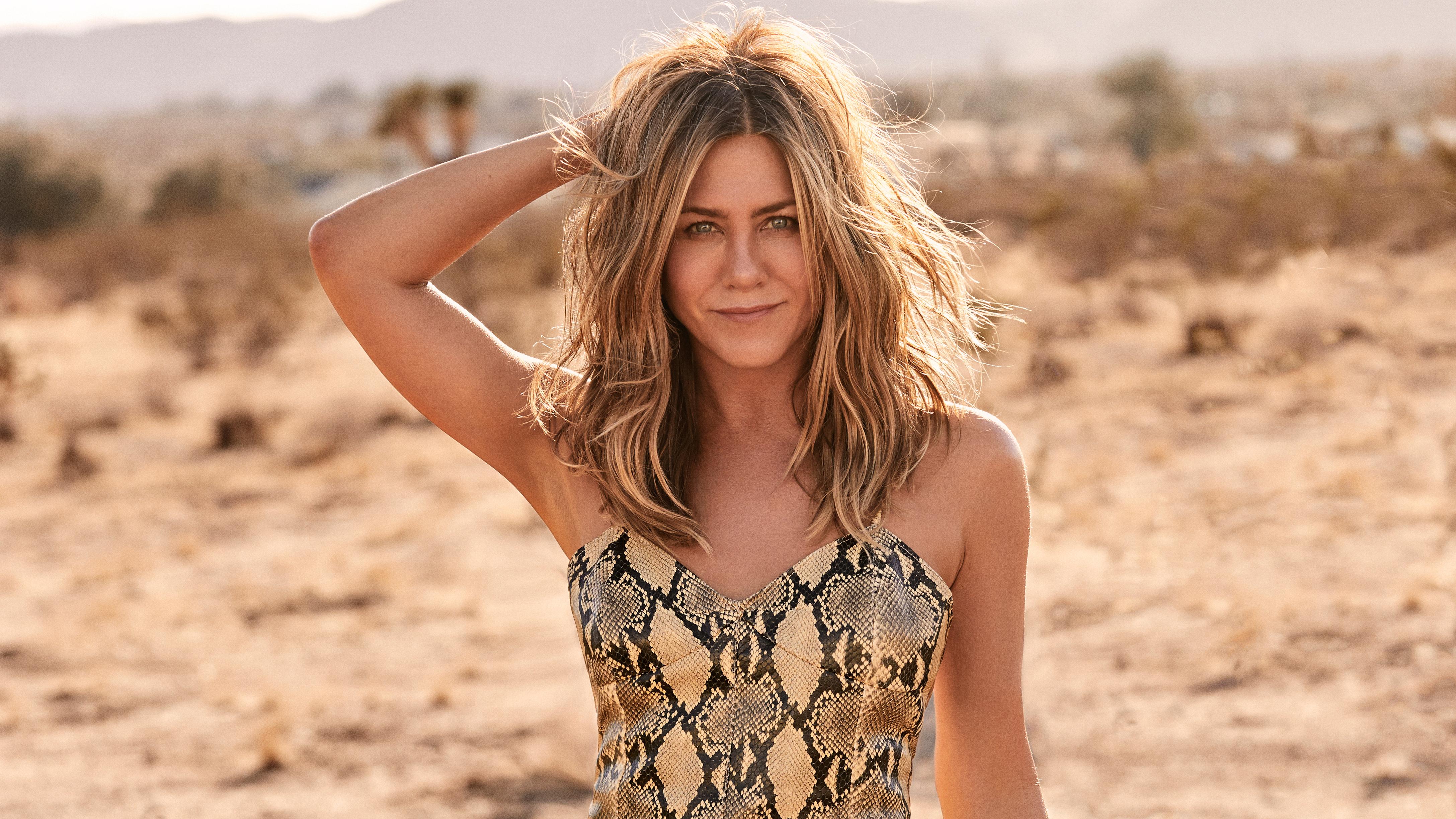 24+ Jennifer Aniston Wallpaper  Pics