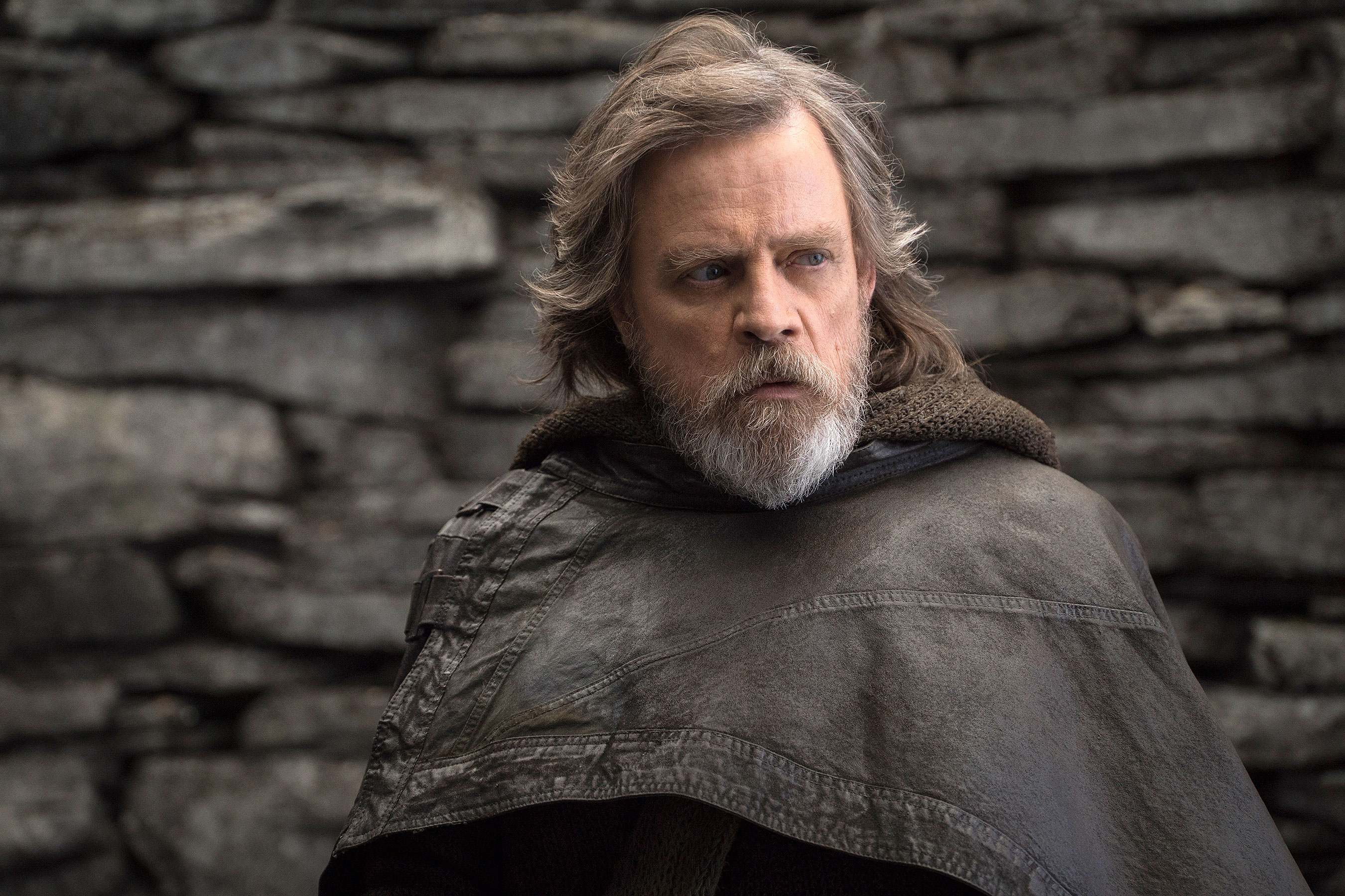 Luke Skywalker In Star Wars The Last Jedi Hd Movies 4k Wallpapers Images Backgrounds Photos And Pictures