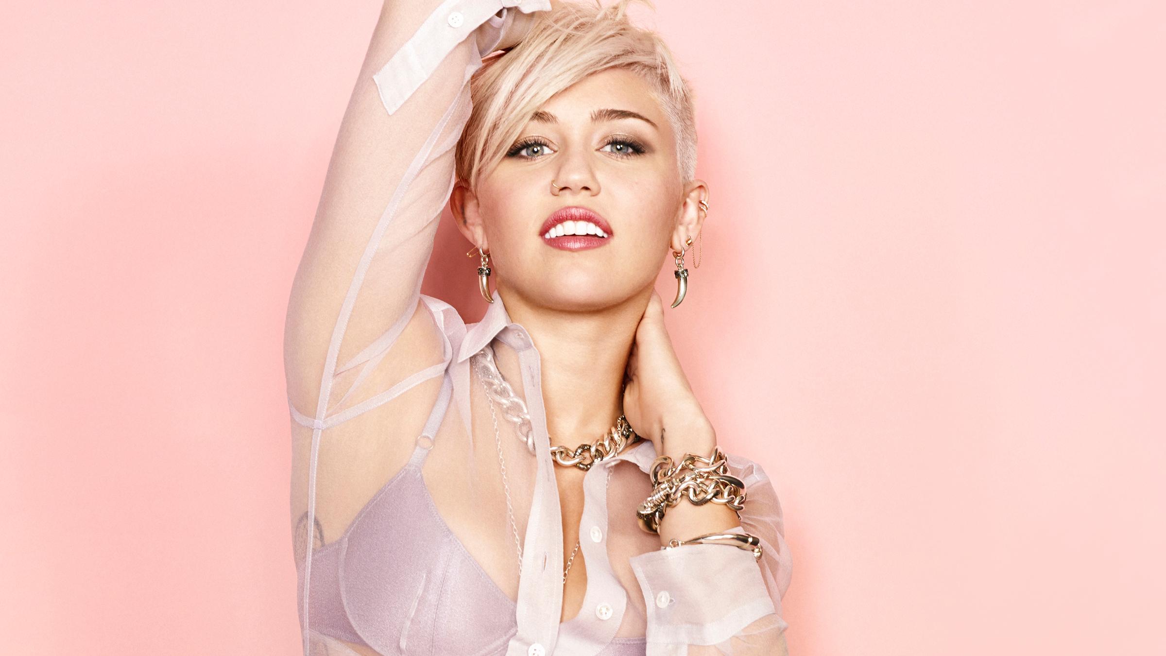 Miley Cyrus | Miley cyrus pictures, Miley cyrus, Celebrities
