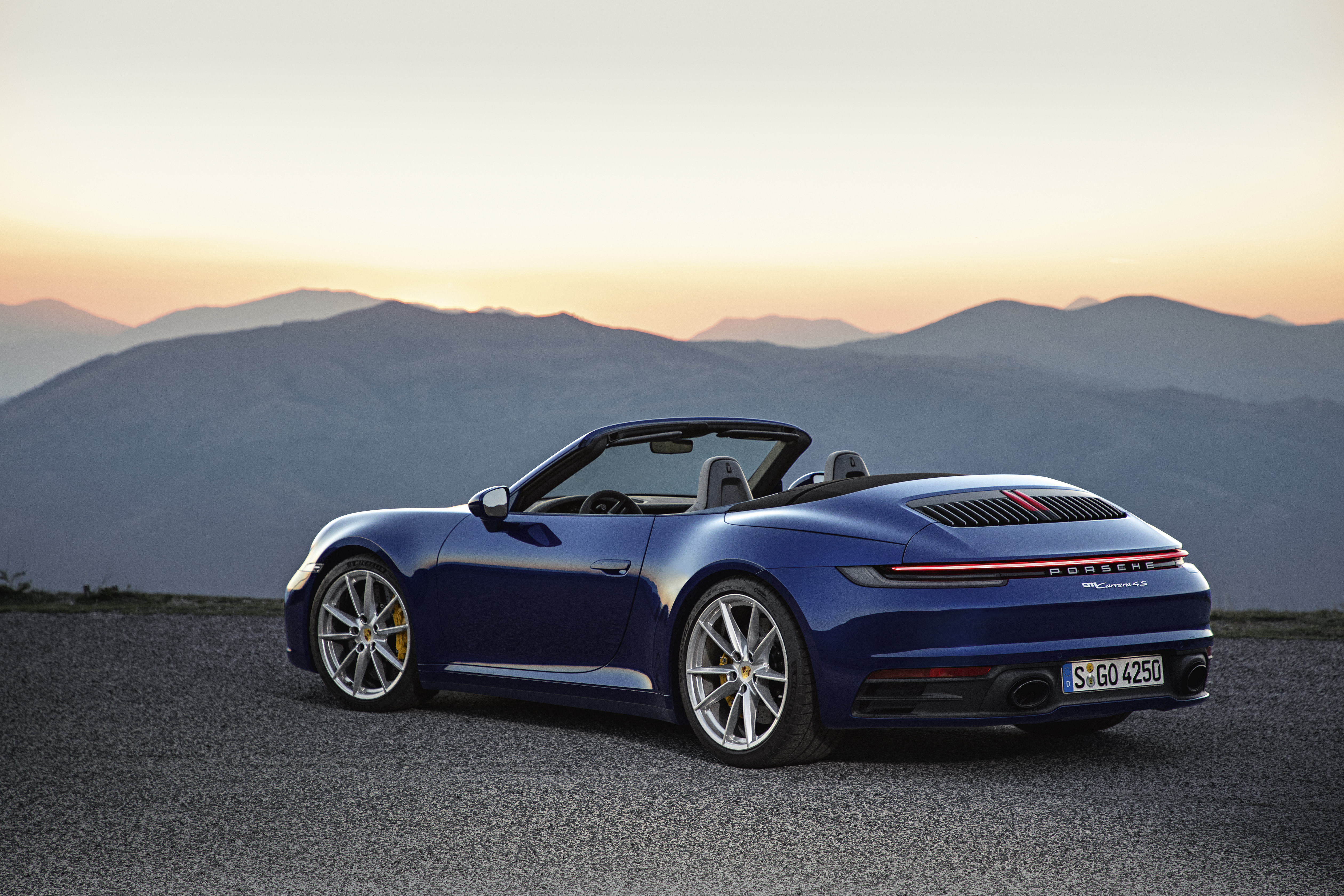 Porsche 911 Carrera 4s Cabriolet 2019 Hd Cars 4k Wallpapers Images Backgrounds Photos And Pictures Porsche 911 carrera 4s 2019 5k
