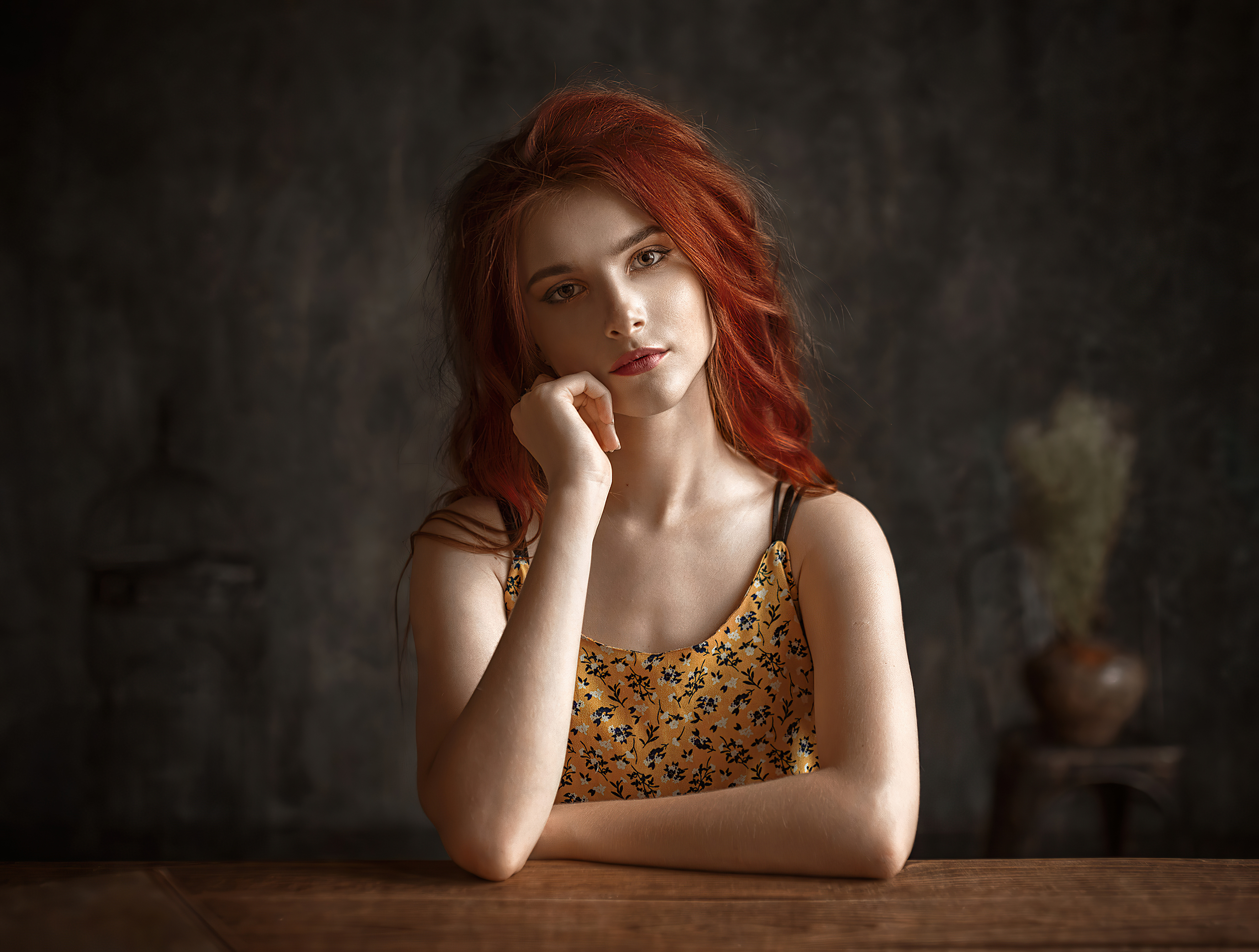 Wallpaper : women, redhead, dyed hair, simple background