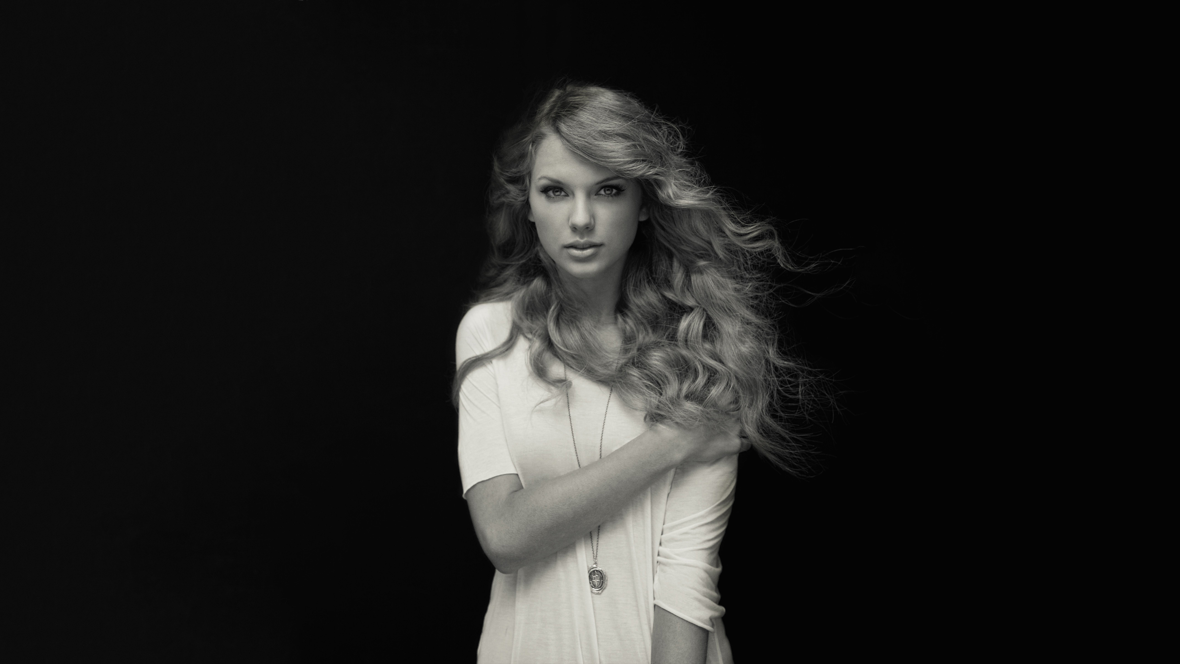 Taylor Swift Black And White 4k Hd Music 4k Wallpapers Images Backgrounds Photos And Pictures