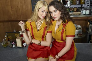 2 Broke Girls Latest Wallpaper