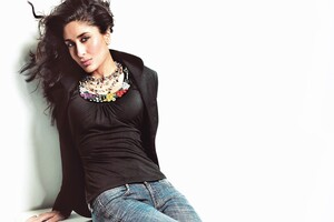 2016 Kareena Kapoor Wallpaper