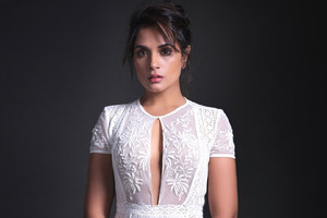 2016 Richa Chadda Wallpaper