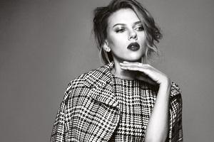 2017 Scarlett Johansson Monochrome