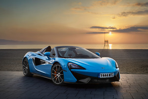 2018 McLaren 570S Spider Front Look Wallpaper