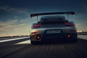 2018 Porsche 911 GT2RS Wallpaper