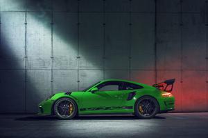 2018 Porsche 911 GT3 RS Side View