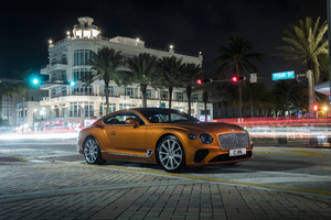 2019 Bentley Continental GT V8 8k Wallpaper
