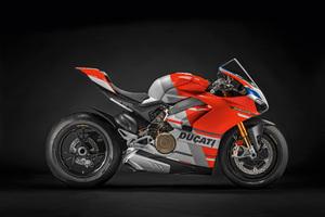 2019 Ducati Panigale V4 S Corse Wallpaper