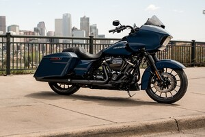 2019 Harley Davidson Road Glide Wallpaper