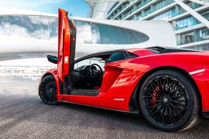 2019 Lamborghini Aventador S Roadster 8k