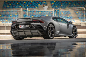 2019 Lamborghini Huracan Evo Rear Wallpaper