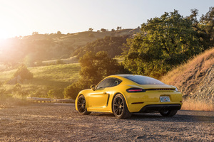 2019 Porsche 718 Cayman GTS Rear Side 4k