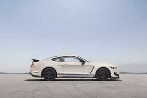 2020 Shelby GT350 Heritage Edition Side View Wallpaper