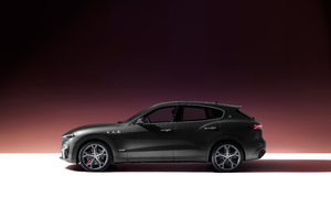 2021 Maserati Levante S Q4 GranSport Wallpaper