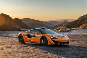 2021 McLaren 620R 8k Wallpaper