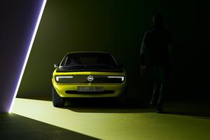2021 Opel Manta GSe ElektroMOD Wallpaper