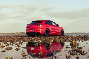 2021 Porsche Cayenne GTS Coupe 5k Wallpaper