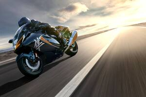 2022 Suzuki Hayabusa On Track Wallpaper