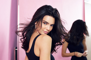4 Kendall Jenner 2020 Wallpaper